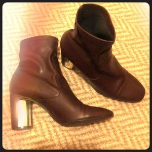Zara Metallic-Accented Leather Boots